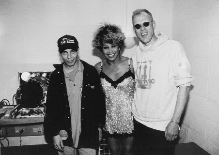 Joo & Hellmut with Tina Turner, backstage in Munich 1996.