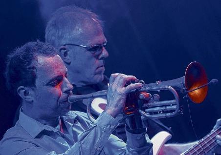TAB TWO - Joo Kraus & Hellmut Hattler live in Osnabrück 2012. Photo: Hermann Pentermann.