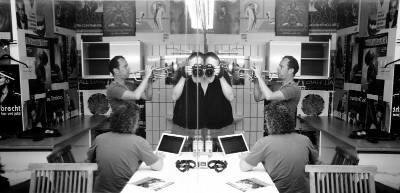 TAB TWO stress test: The sound engineer's warm-up routine. Photo: Daniel Stämmler 2012.