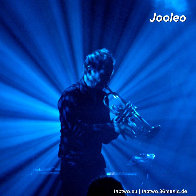 TAB TWO: Joo Kraus' trumpet solo Jooleo live 2012.
